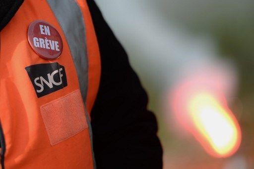 Bataille du rail, bataille du sens : pourquoi le cœur des Français balance autant