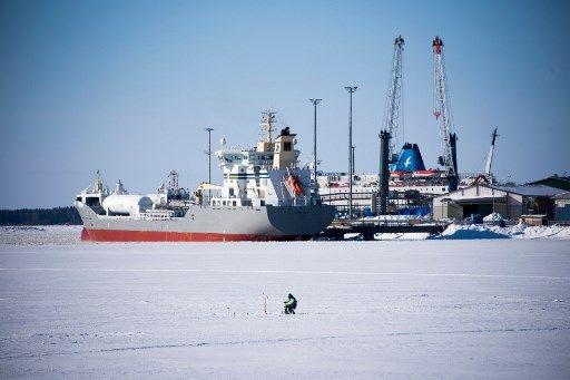 Des scientifiques découvrent des lacs cachés sous des centaines de mètres de glace au Canada et on pourrait y découvrir des formes de vie jamais rencontrées auparavant