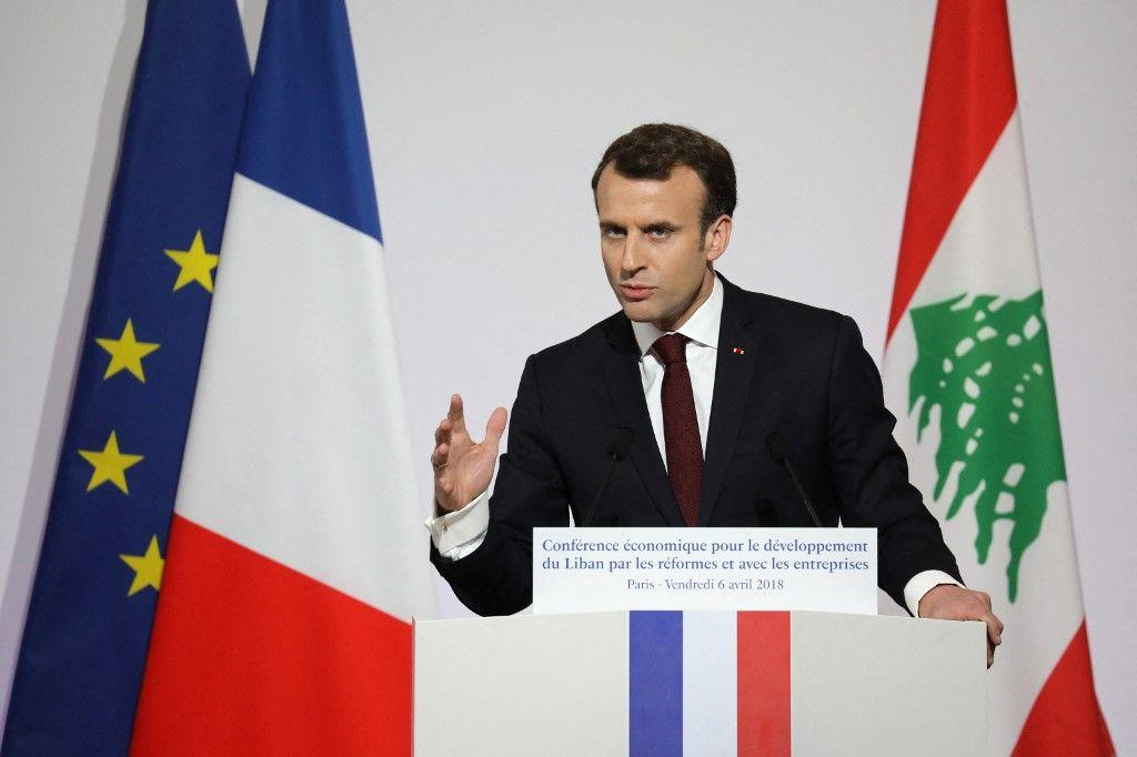 Le président Emmanuel Macron prend la parole lors de la Conférence internationale du CEDRE le 6 avril 2018 à Paris.