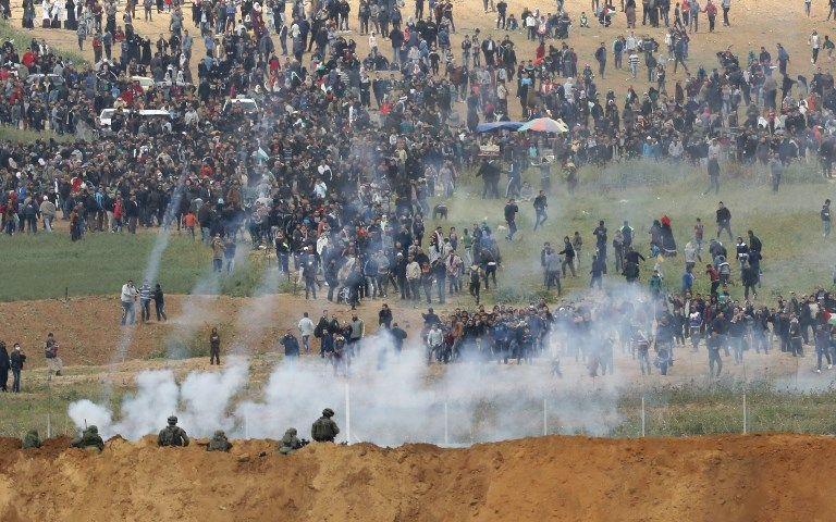 Des affrontements entre Palestiniens et l'armée israélienne à la frontière de Gaza font cinq morts