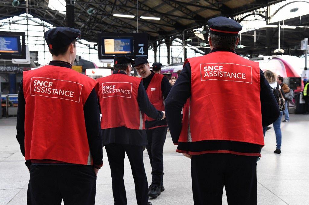 La SNCF a déjà prévenu 150.000 voyageurs que leurs trains seront supprimés du 5 au 8 décembre