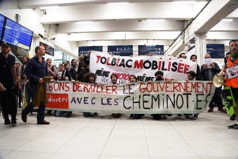 """1er Mai : La préfecture de police craint des """"troubles à l'ordre public"""" à Paris lors des manifestations"""