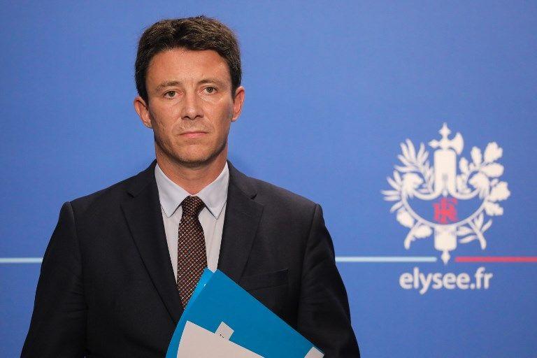 """Remaniement : Griveaux affirme que le gouvernement sera """"au complet"""" mardi 4 septembre"""