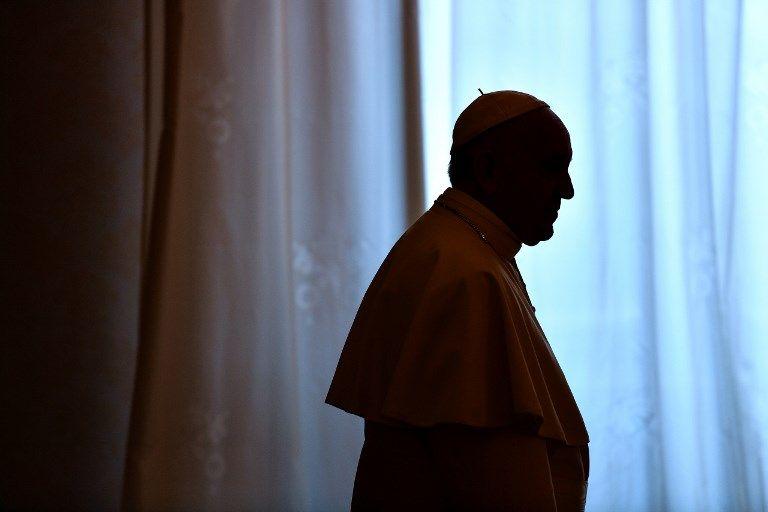 """En Irlande, le pape exprime sa """"honte"""" devant les scandales pédophiles"""