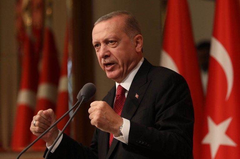 Fâché avec Trump, Erdogan cherche un allié en Macron