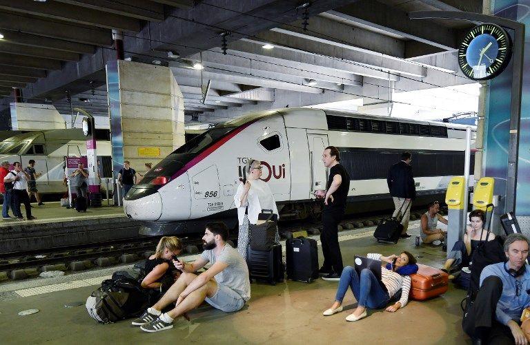 RTE rétablit l'alimentation électrique de la gare Montparnasse, deux trains sur trois prévus mardi