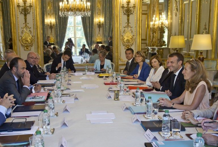 Ce que signifie le refus d'Emmanuel Macron de changer de stratégie pour cette rentrée 2018