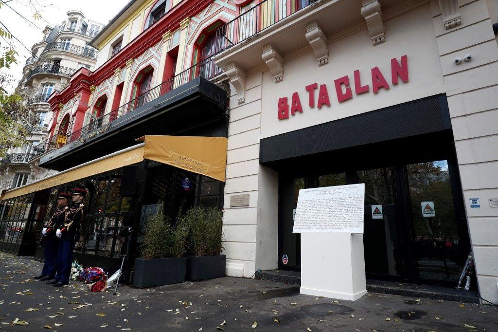 La salle de spectacles du Bataclan, dans le onzième arrondissement de Paris, visée lors des attaques terroristes de novembre 2015.