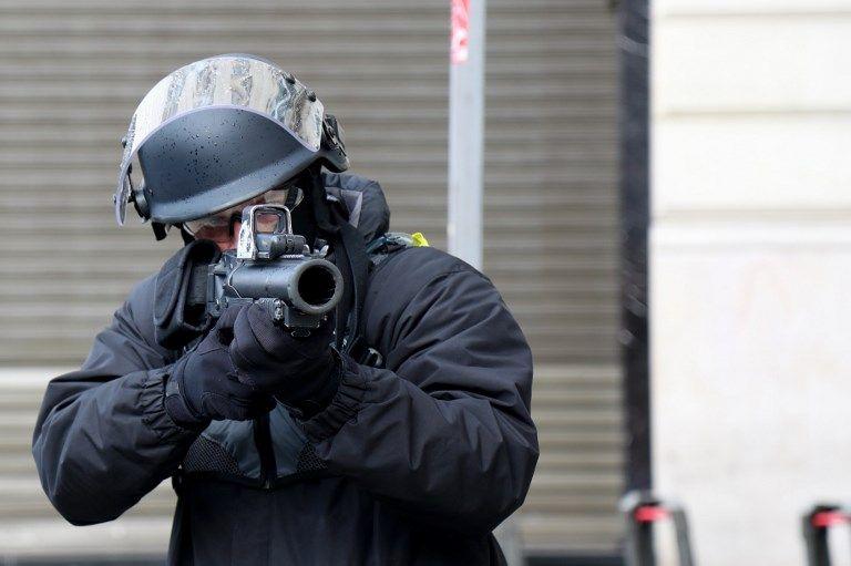 Gilets jaunes : une vingtaine de journalistes va porter plainte pour violences policières