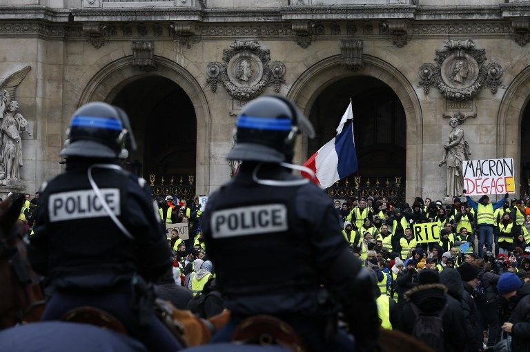Gilets jaunes : ce risque politique que prend le gouvernement à exercer une répression ultra sévère contre les manifestants interpellés