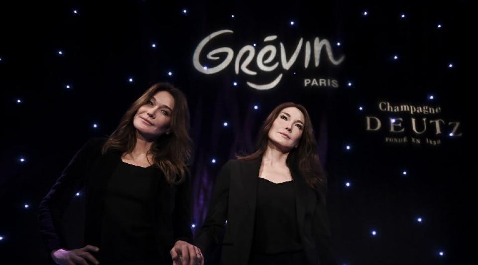 Musée Grévin : Carla Bruni a désormais son double de cire aux côtés de Nicolas Sarkozy