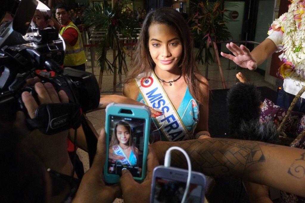 """Critiquée pour son poids, Miss France réplique : """"Moi au moins, j'ai un cerveau"""""""
