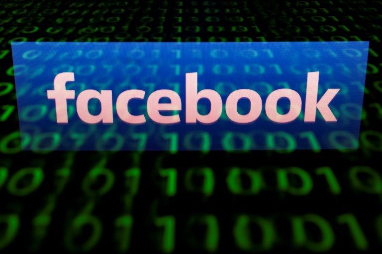 """Facebook a aspiré par """"erreur"""" des millions d'adresses mail sans autorisation"""