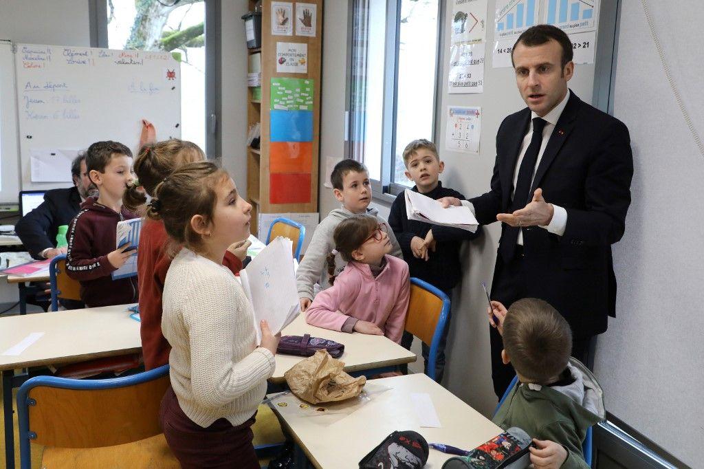 """Vous voulez savoir pourquoi Macron veut rouvrir les écoles le 12 mai ? Pour venir au secours des """"quartiers populaires"""" !"""