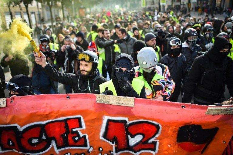 Gilets jaunes : 52% des Français veulent l'arrêt du mouvement