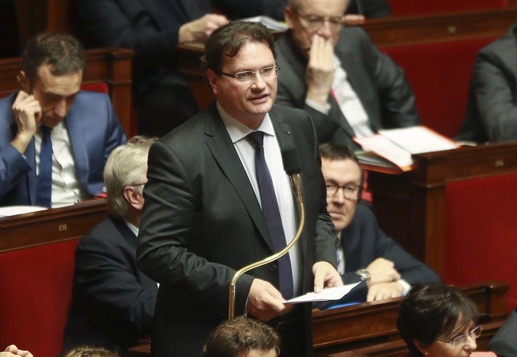 """Philippe Gosselin : """"Nous avons refusé que l'équivalent des pleins pouvoirs soient votés pour le Premier ministre. Mais nous devons rester vigilants"""""""