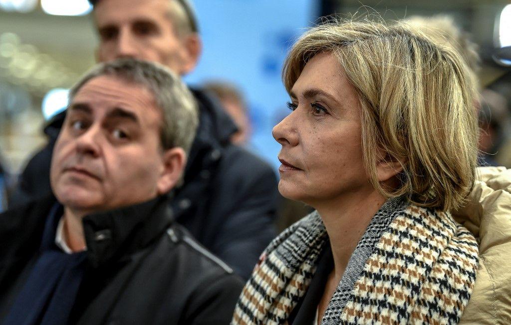 Valérie Pécresse et Xavier Bertrand, candidats déclarés à la présidentielle, lors de la visite d'une usine Alstom en 2019.
