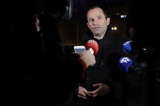Débat des européennes : la justice exige que France 2 invite Hamon, Philippot et Asselineau