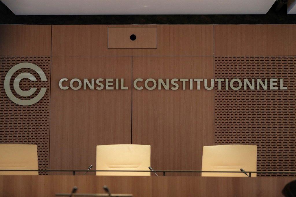 Passe sanitaire : 7 questions pratiques à méditer par le Conseil constitutionnel pour mûrir sa décision juridique