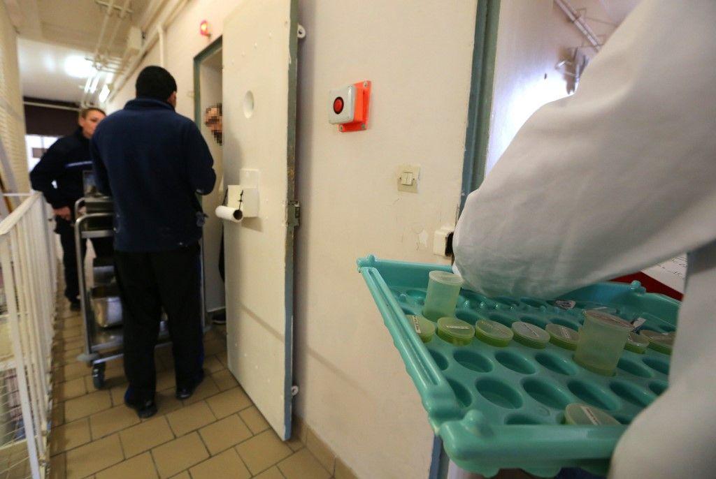 """Un rapport parlementaire dévoile la prise en charge """"catastrophique"""" des patients en psychiatrie"""