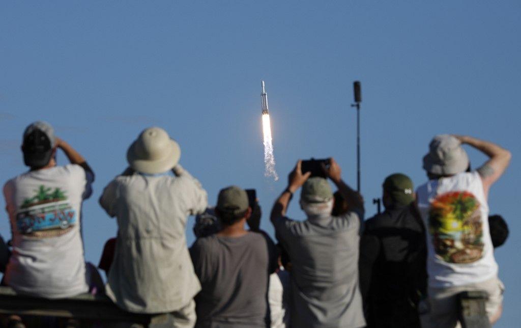 SpaceX : les acteurs privés sont-ils en train de gagner la bataille de l'espace contre Ariane ou la NASA ?