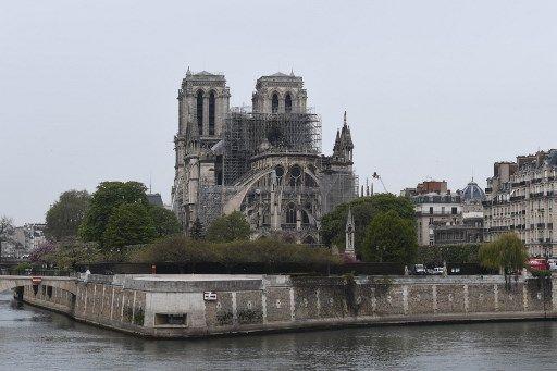 Notre-Dame de Paris : la piste accidentelle est privilégiée