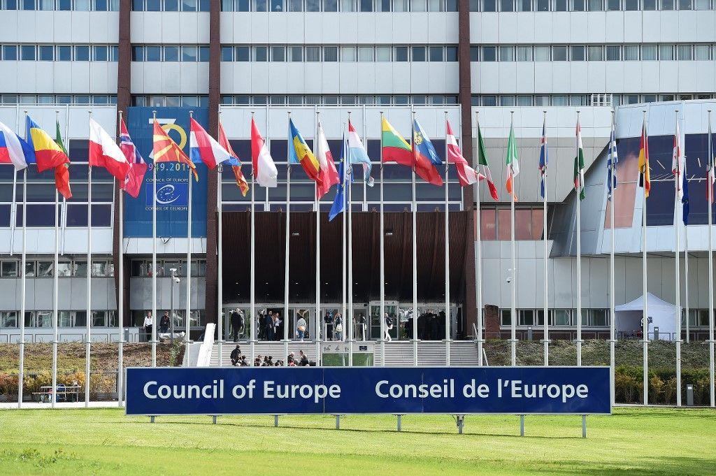 Faut il faire revenir la Russie au conseil de l'Europe ?