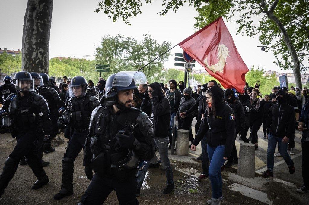 Après l'hiver de la révolte jaune, l'été de la réaction bourgeoise