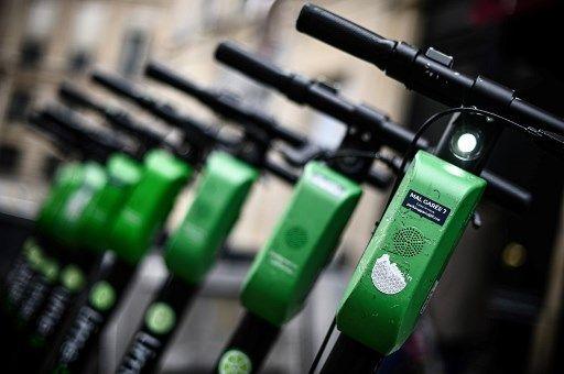Coup dur pour les mobilités douces : les scooters et trottinettes électriques sont moins bons pour l'environnement que prévu