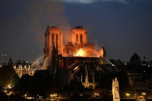 Pollution au plomb après l'incendie de Notre-Dame de Paris : l'association Robin des Bois porte plainte contre X