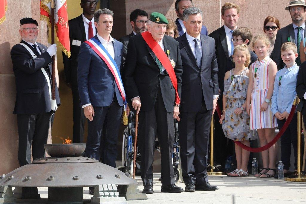 """Hubert Germain, l'un des quatre derniers vétérans des """"Compagnons de la Libération"""", assiste à une cérémonie commémorant l'appel du général de Gaulle, le 18 juin 2019."""
