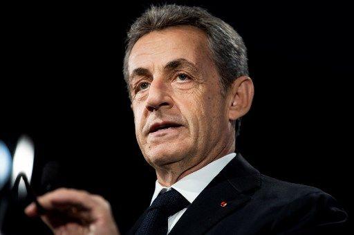 """Le retour de Nicolas Sarkozy en librairies avec la sortie de son nouveau livre, """"Passions"""""""