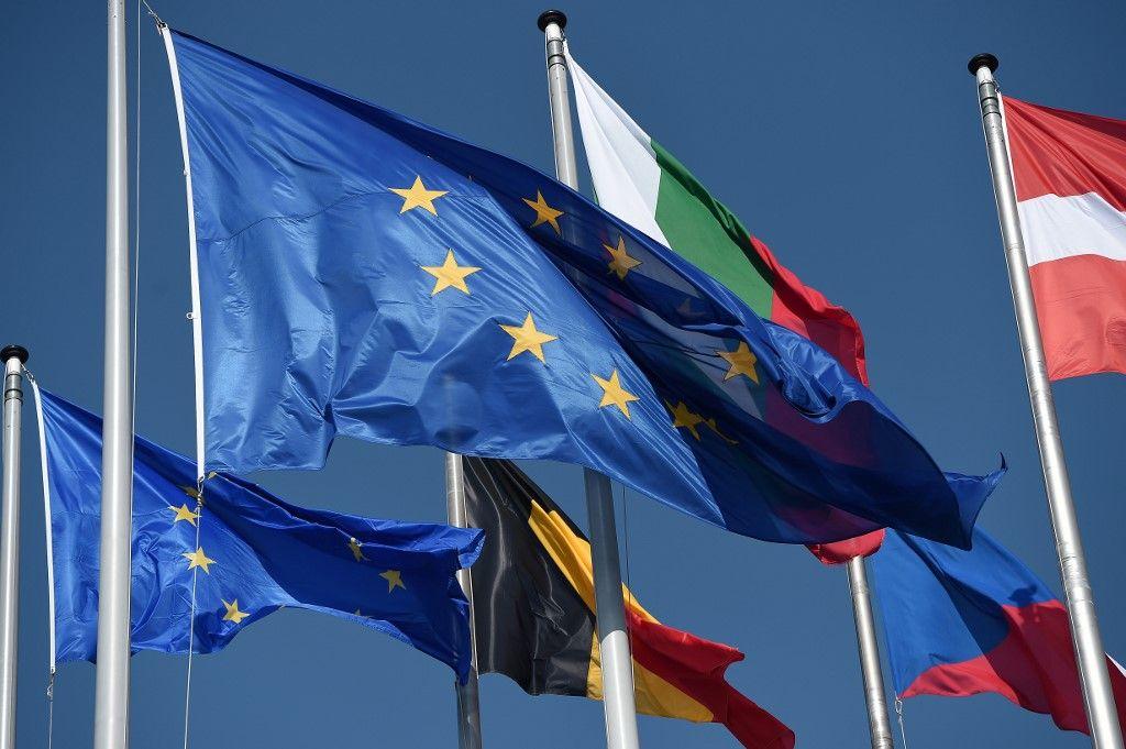 2020, l'année où l'Union européenne conserva l'approbation d'une majorité d'Européens contre vents et marées... sans rien savoir en faire