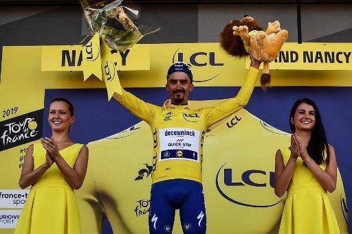 Les hôtesses du Tour de France non, le voile oui : mais que se passe-t-il du côté des féministes intersectionnelles ?