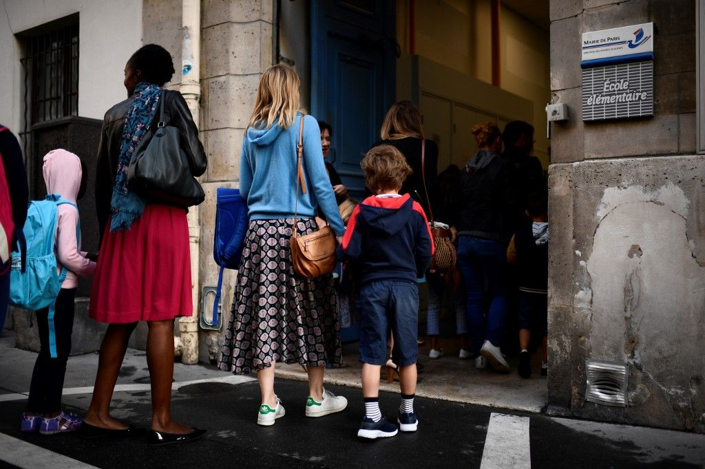 Déconfinement à Paris : les élèves devraient revenir à l'école le 14 mai, trois jours après les enseignants