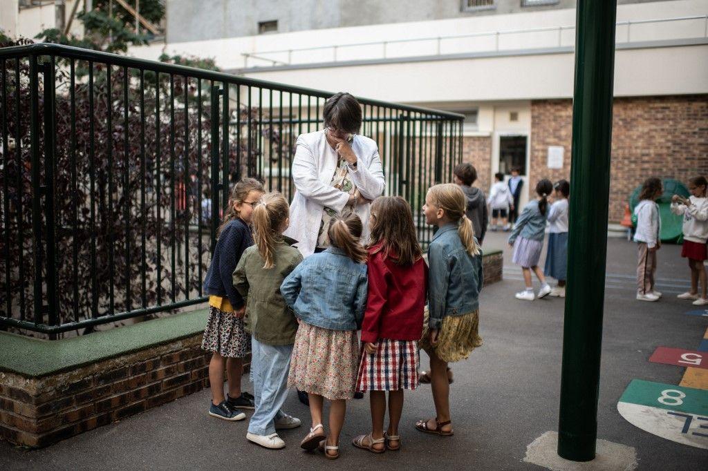 Les avantages et les bienfaits d'une éducation conservatrice pour nos enfants face à la faillite éducative contemporaine