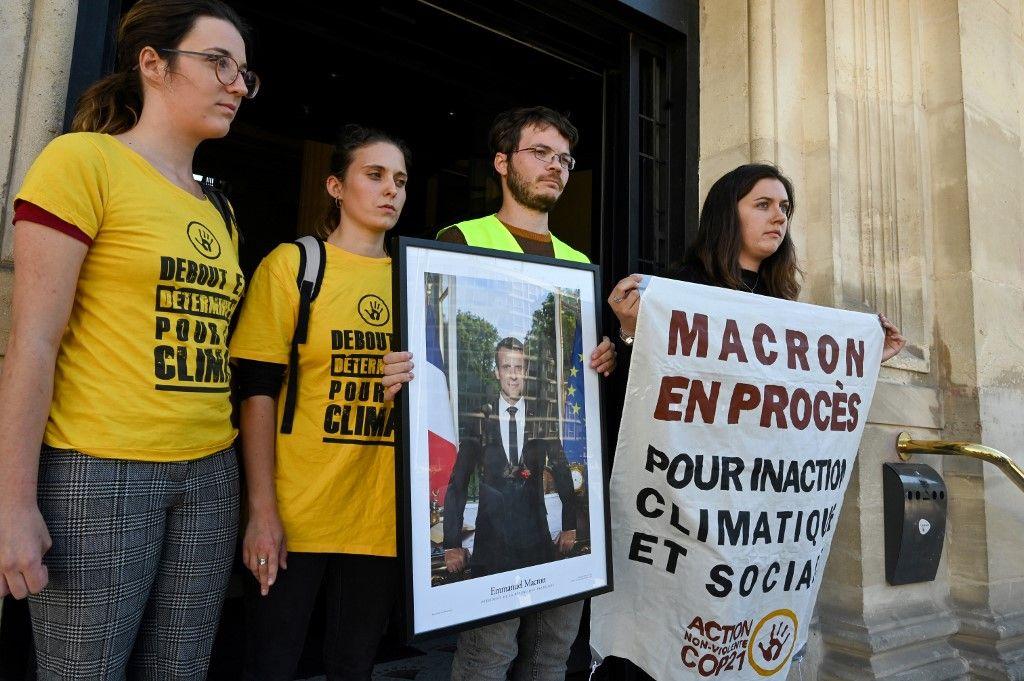 Vous allez pouvoir décrocher les portraits de Macron : un juge de Lyon vous y autorise
