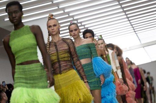 Le boom des ventes de vêtements d'occasion pourrait enrayer la crise du développement durable dans la mode