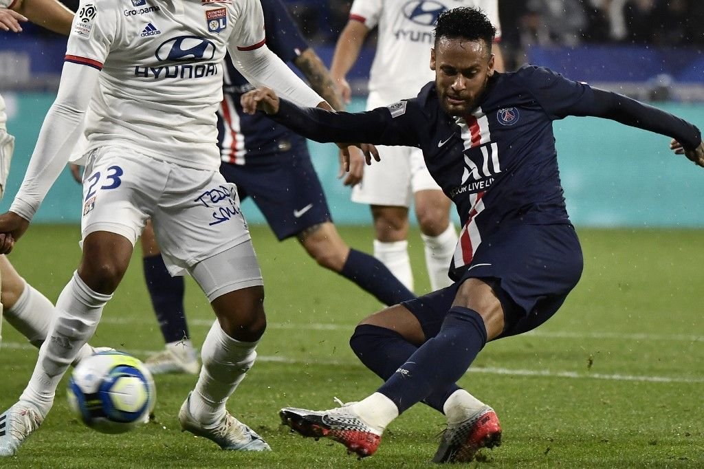 LYON/PSG: O/1 : Grâce à Neymar, les Parisiens s'imposent sans trembler et marquent les esprits