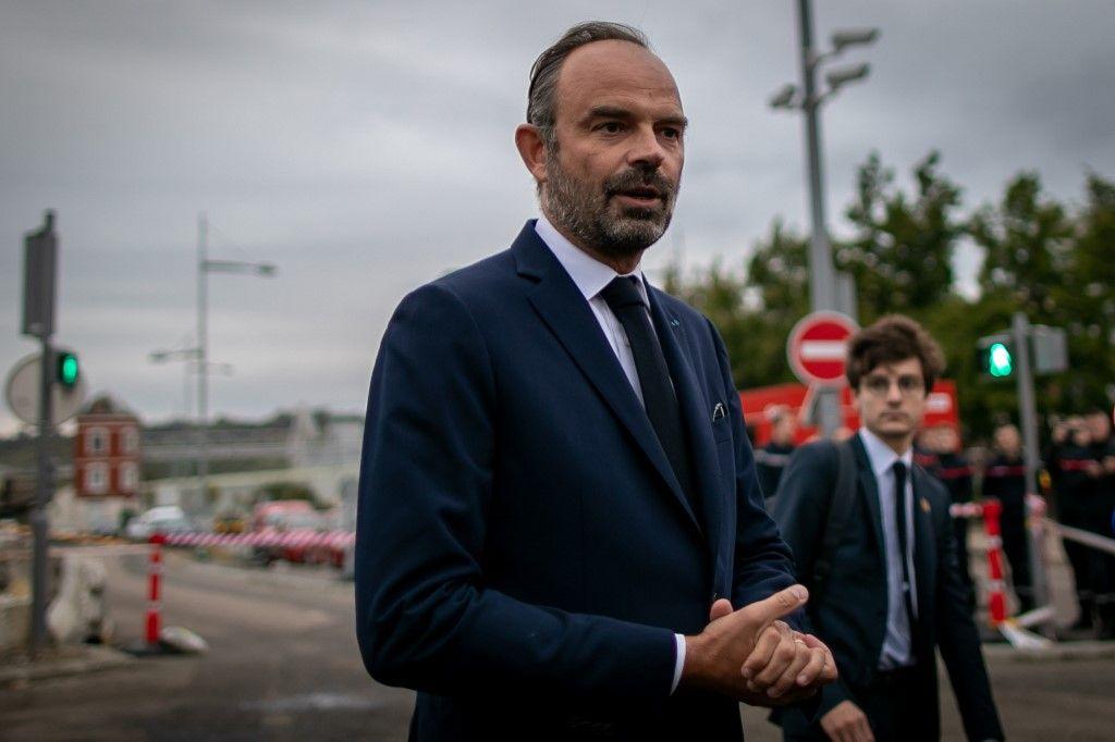 """Lubrizol : Edouard Philippe promet un dédommagement """"complet"""" et """"rapide"""""""