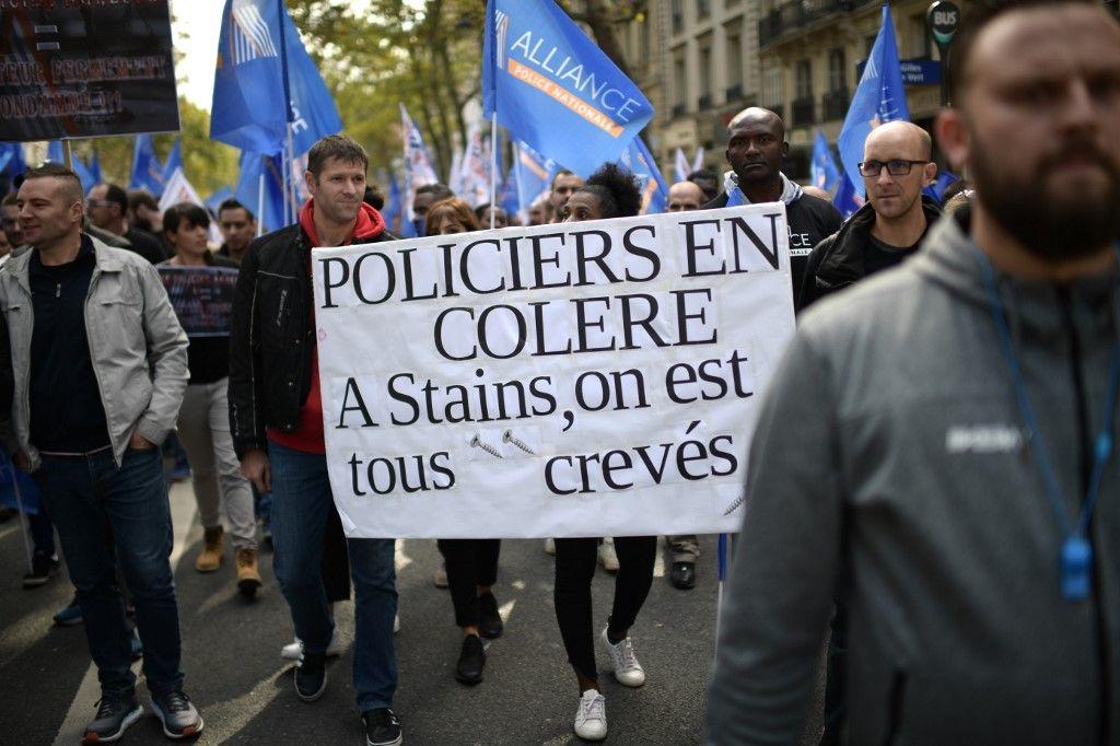 Mais comment expliquer que policiers, médecins ou enseignants soient à bout de souffle alors qu'il n'y a jamais eu autant de fonctionnaires en France ?