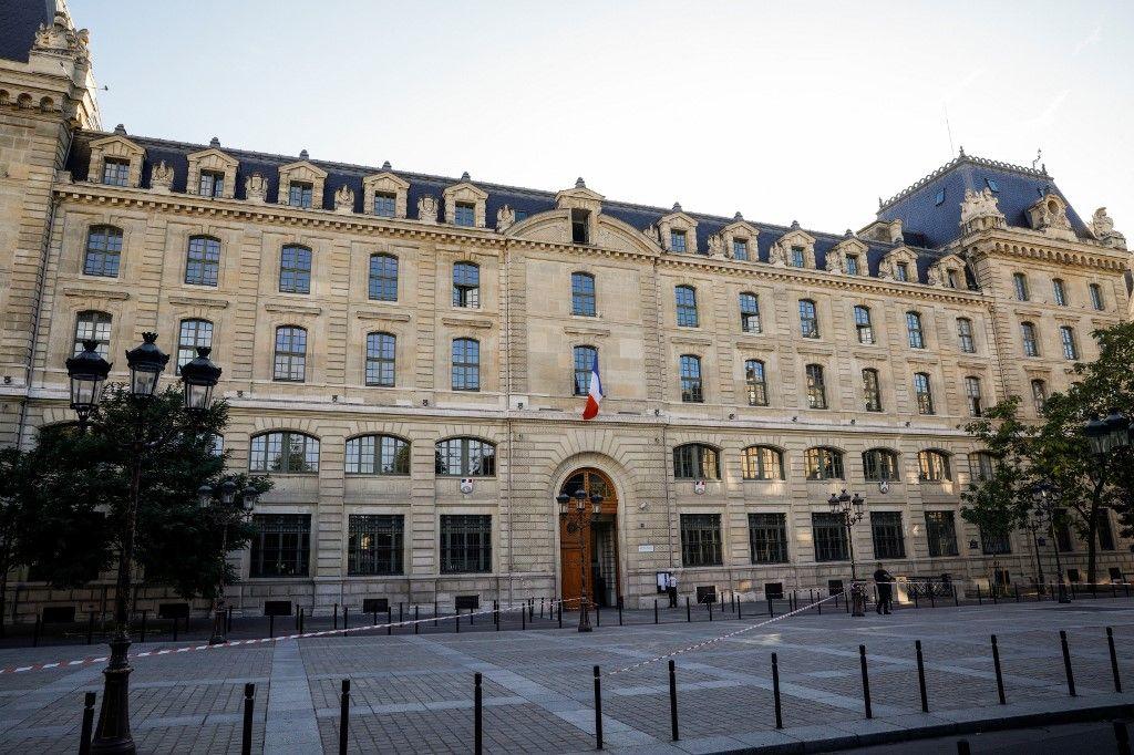 Attention chiffre choc : et le nombre réel de policiers pour assurer le confinement et l'ordre public dans Paris n'est plus que de...