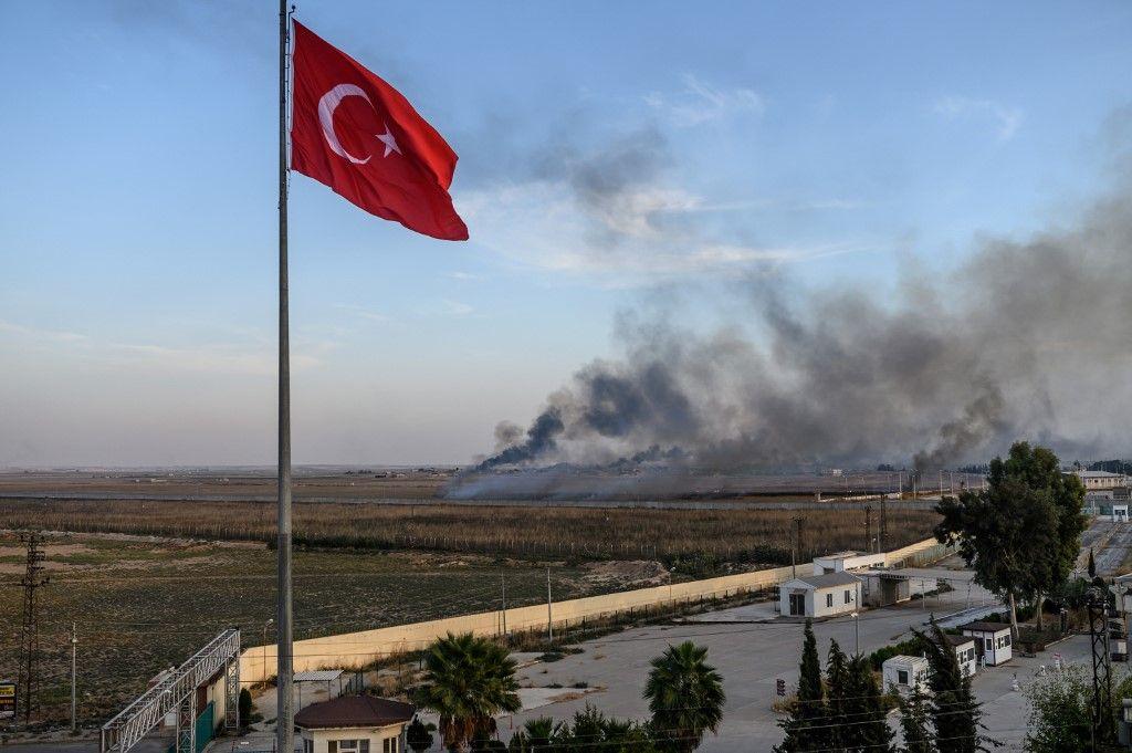 Syrie : 800 proches de djihadistes se seraient échappés d'un camp