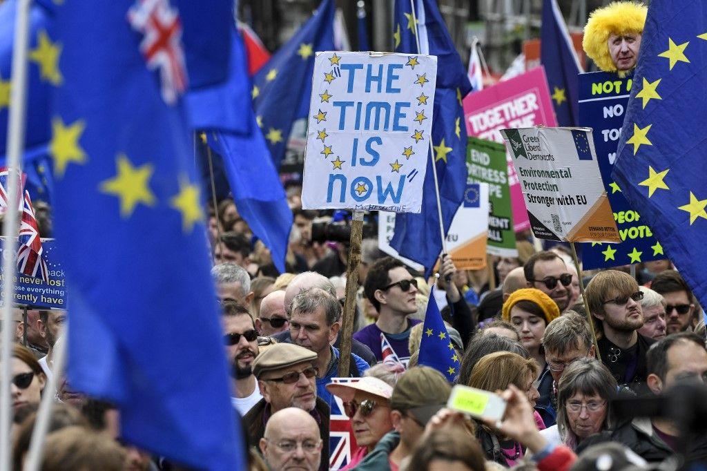 Brexit : manifestation à Londres devant le Parlement pour réclamer un nouveau référendum
