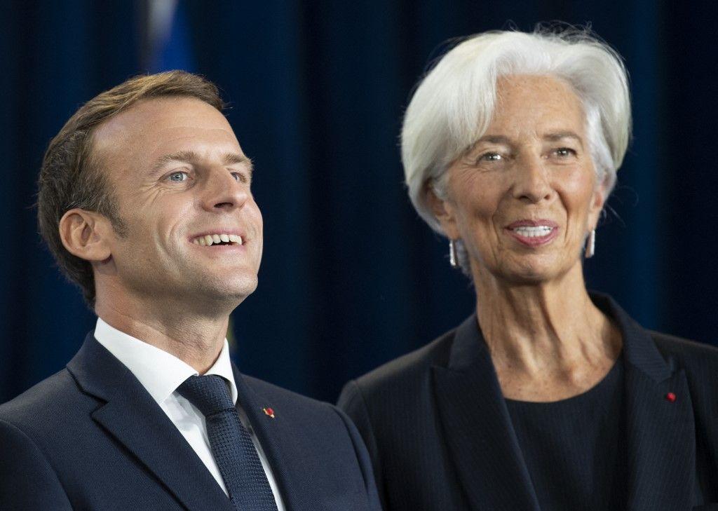 Le président Emmanuel Macron et la présidente de la Banque centrale européenne, Christine Lagarde, assistent à une cérémonie en Allemagne en octobre 2019.