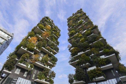 """Deux immeubles appelés """"Forêt verticale"""" à Milan (Italie)."""