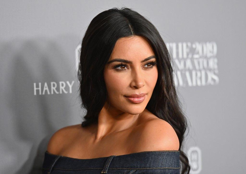 Kim Kardashian a lancé sa propre gamme de masques et connaît une rupture de stock en l'espace d'une heure