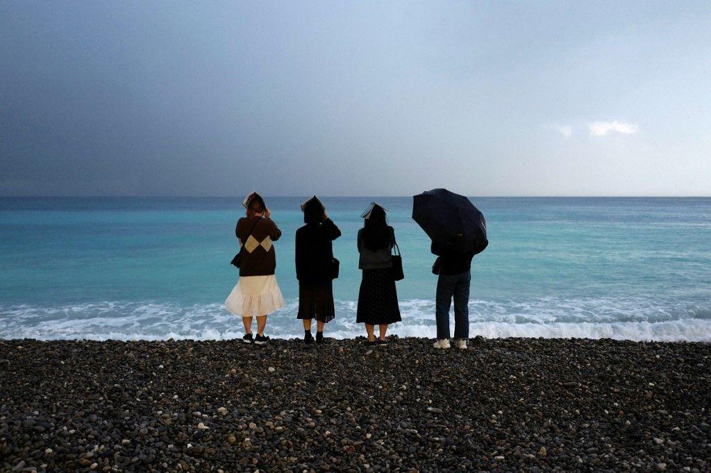 Covid-19 : les plages officiellement interdites d'accès en Méditerranée