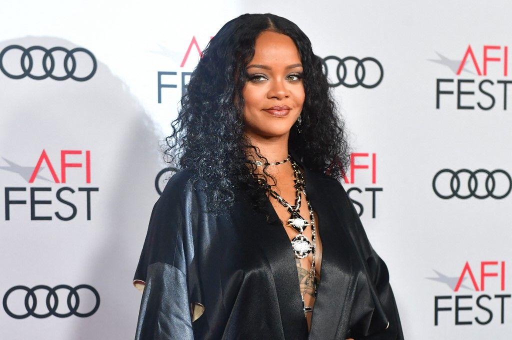 """La chanteuse Rihanna arrive pour la première du gala de la soirée d'ouverture de l'AFI de """"Queen & Slim"""" au TCL Chinese Theatre, le 14 novembre 2019, à Hollywood."""