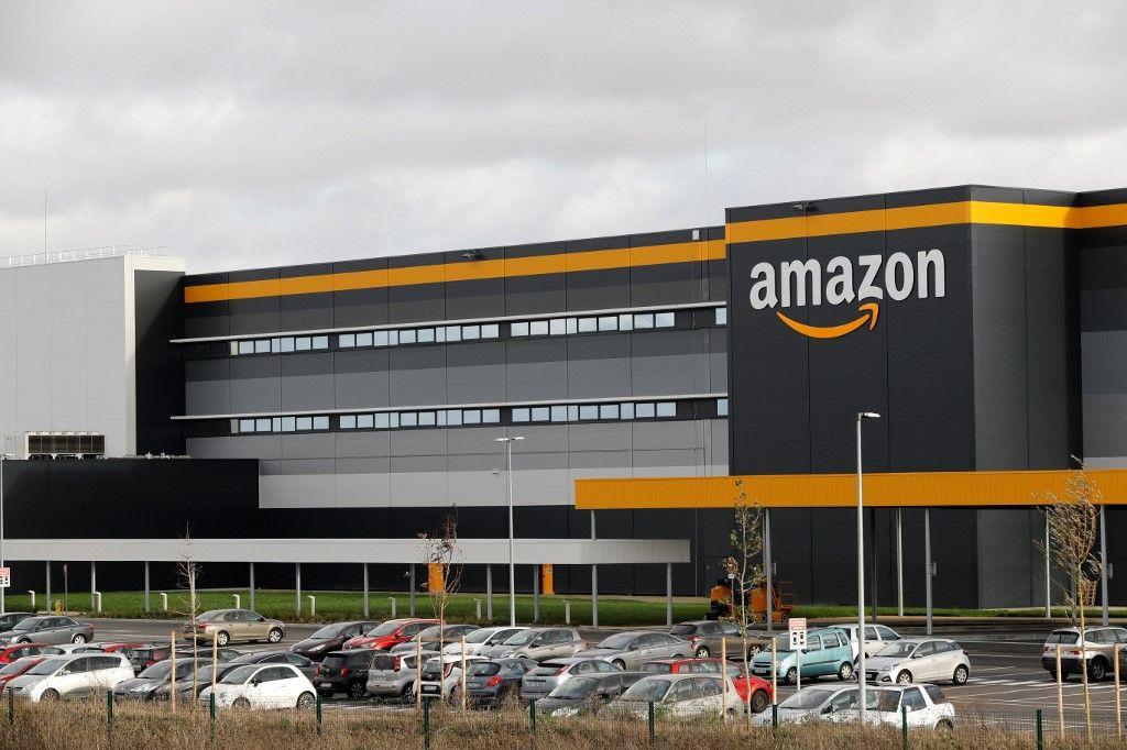 Covid-19 : des salariés d'Amazon ont été contaminés en France et un d'entre eux aurait été placé en réanimation